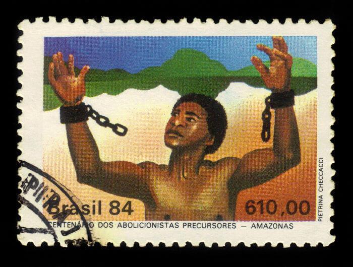A abolição da escravatura aconteceu em 1888, mas alguns estados brasileiros, como o Amazonas, aboliram a escravidão em 1884.*