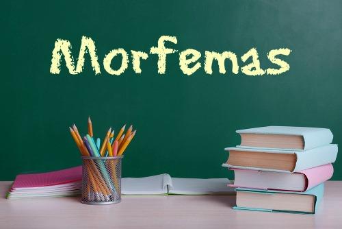 Os morfemas são classificados em desinência, raiz, radical, afixo, tema e vogal temática