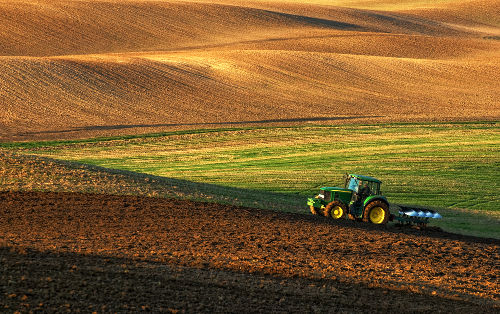 Alguns sais duplos são utilizados na produção de fertilizantes agrícolas