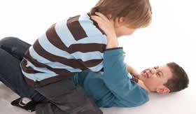 A agressividade ocorre desde a infância.