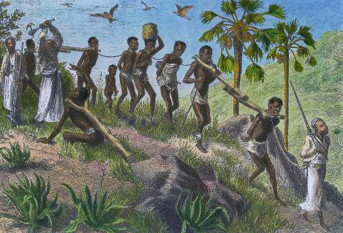 Imagem retrata europeus aprisionando e escravizando africanos no século XIX