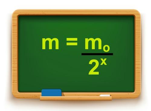 Fórmula utilizada em cálculos que envolvem meia-vida