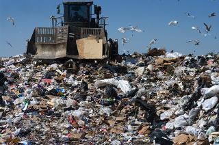 Diferença entre lixão, aterro controlado e aterro sanitário