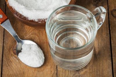 O açúcar pode ser separado de outro componente sólido por dissolução fracionada