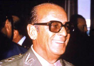 O governo Figueiredo estabeleceu os primeiros passos para a transição democrática no Brasil.