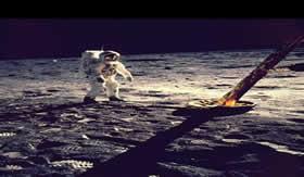 O Cálcio se faz presente na crosta lunar.