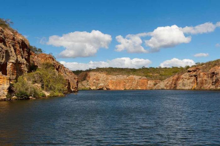 O Rio São Francisco representa um dos mais importantes cursos d'água do Brasil e especialmente da região Nordeste.