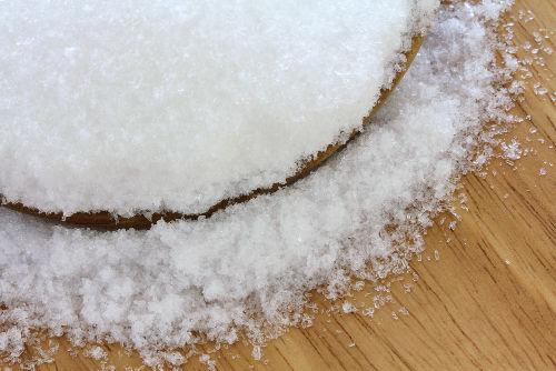 O sal sulfato de magnésio pode ser obtido em reações com óxidos básicos