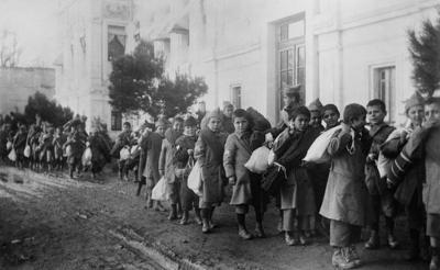 Crianças vítimas do genocídio armênio