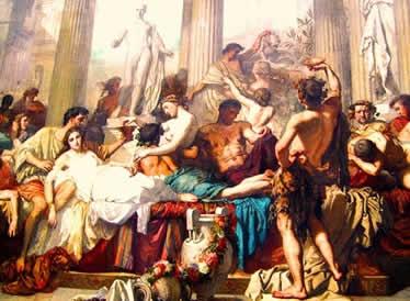 Os gregos organizavam vários cultos públicos em homenagem às suas divindades.