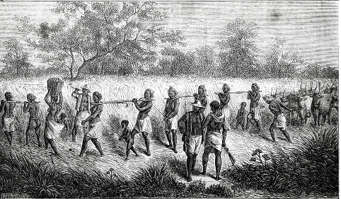 O tráfico negreiro transatlântico durou mais de 300 anos