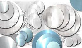 Discos de alumínio.