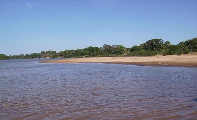 Ilha do Bananal, nas margens do Rio Javaés