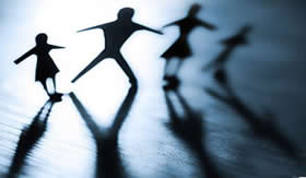 Os indivíduos com deficiência mental apresentam dificuldade no equilíbrio.