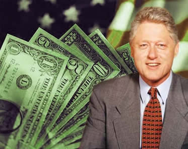 Desenvolvimento econômico e concentração de renda: a maior contradição instalada na Era Clinton.