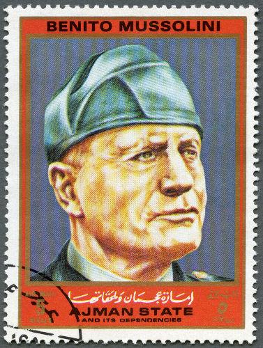 Benito Mussolini foi o líder do Partido Nacional Fascista e assumiu o governo italiano em 1922.*