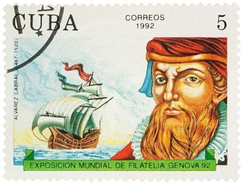 Selo cubano em homenagem à expedição de Pedro Álvares Cabral, que chegou ao Brasil em abril de 1500*