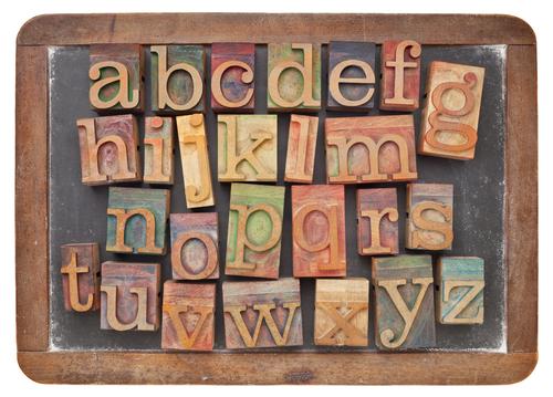 O alfabeto inglês possui as mesmas 26 letras que existem no alfabeto português