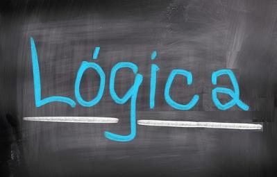 Na lógica matemática, utilizamos o cálculo proposicional, que lembra o cálculo matemático tradicional
