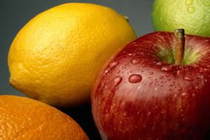 O constituinte ácido málico da maçã é orgânico.