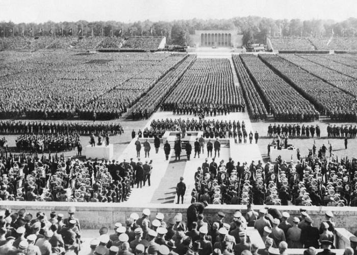 As Leis de Nuremberg levam o nome da cidade alemã que recebia grandes comícios do Partido Nazista.*