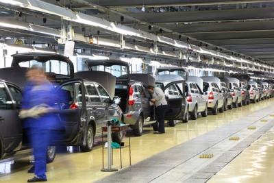 Com a reestruturação produtiva, praticamente não se vê mais trabalhadores nas linhas de montagem automotivas¹