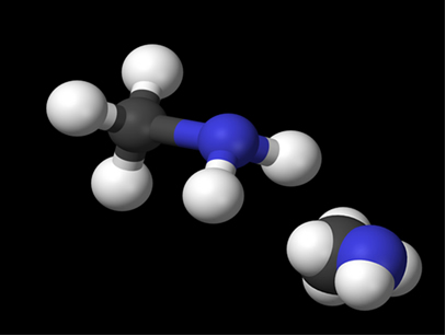 Modelos da molécula de metilamina, uma amina primária