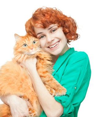 """She has one cat. / Ela tem """"um"""" gato"""