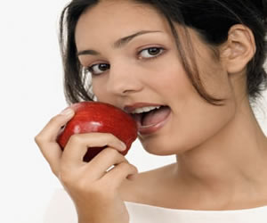 Alimentos benéficos à saúde bucal