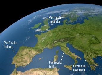 O continente europeu possui diversas penínsulas, como a Península Itálica e a Península Ibérica