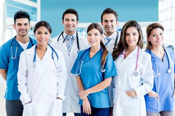 Profissionais da saúde estão expostos a diversos riscos em suas profissões, devendo seguir sempre as medidas de biossegurança