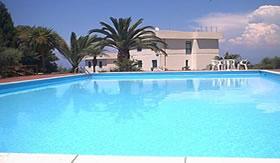 Qual o segredo de uma piscina tão limpa?