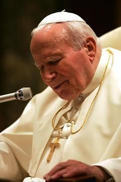 O Papa João Paulo II era portador da doença de Parkinson.