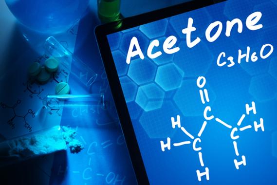 A acetona é uma substância produzida a partir da hidratação de um alcino