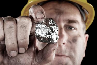 Existe uma variedade de minerais contidos no subsolo brasileiro
