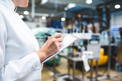 O controle de qualidade de produtos pode ser feito pela interação da luz com as substâncias que os compõem