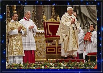 Papa Bento XVI na celebração da Missa do Galo