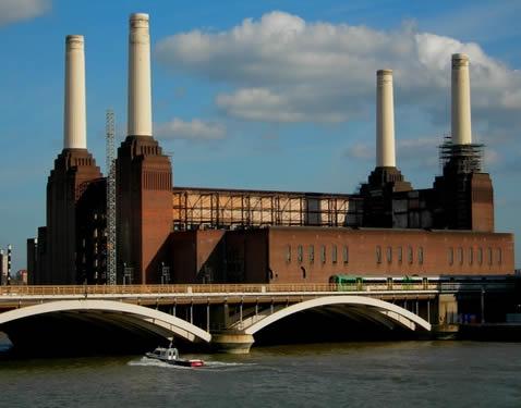A industrialização no século XVIII utilizou de novas tecnologias de produção