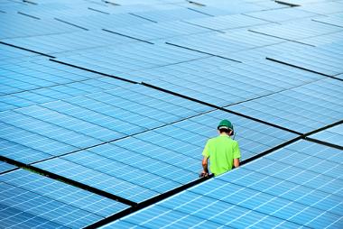 Assim como as outras fontes de energia, a energia solar também possui desvantagens