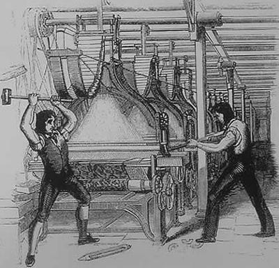 Ilustração de revoltosos ludistas destruindo maquinário de uma indústria têxtil