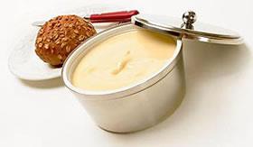 A margarina é derivada de glicerídeos.
