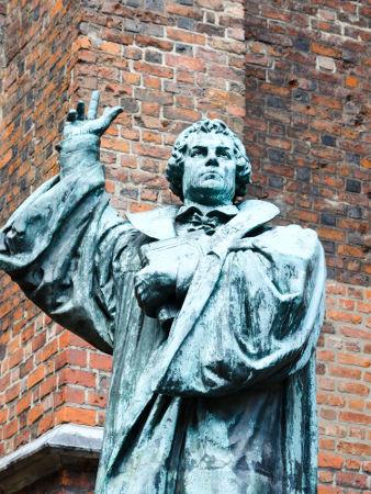 Martinho Lutero foi o precursor da Reforma Protestante