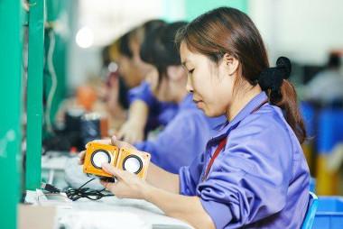 Países emergentes possuem ampla mão de obra e mercado consumidor, a exemplo da China