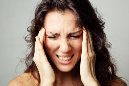 A TPM pode ocasionar dores de cabeça e irritabilidade