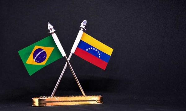 A imigração venezuelana para o Brasil foi motivada por uma crise socioeconômica e humanitária vivida na Venezuela.