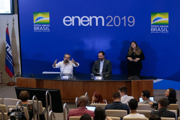 Os critérios para a reaplicação do Enem foram passados durante a coletiva. Crédito da Foto: Antônio Cruz/Agência Brasil