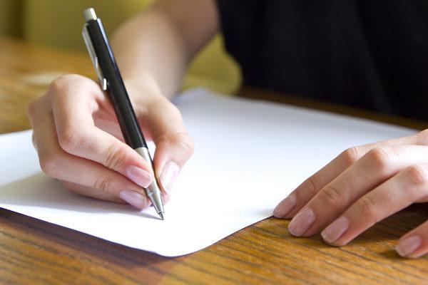 Praticar redação é fundamental para conseguir uma boa nota no Enem