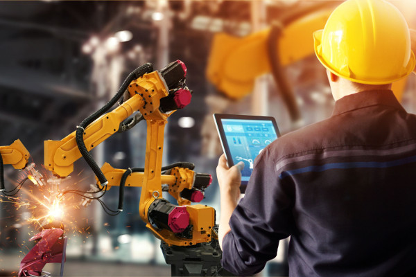 O trabalho do tecnólogo em Automação Industrial é fundamental para a disponibilidade de produtos nas quantidades necessárias no mercado e no momento c