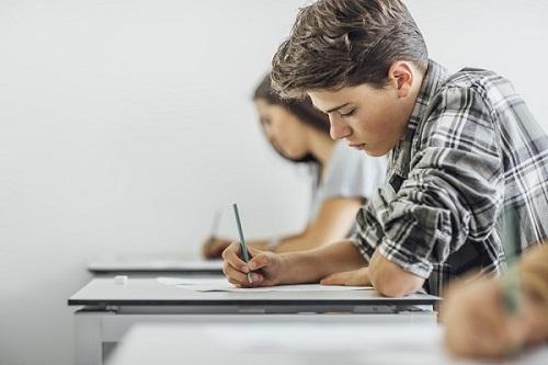 Estudantes que fizeram o Vestibular 2021/2 do IFCE poderão entrar com recursos contra o resultado preliminar