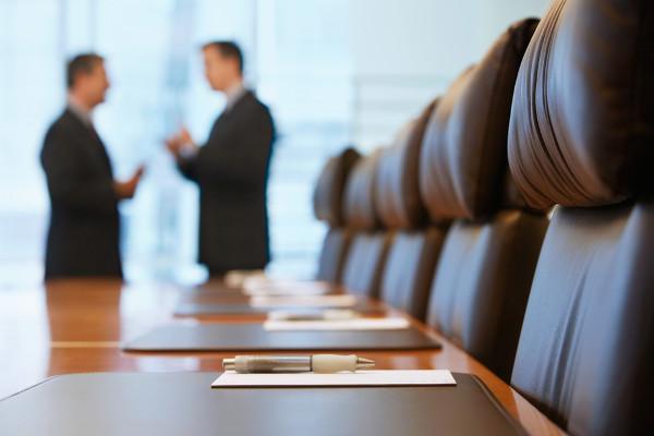 Cientistas políticos costumam prestar consultorias para políticos e empresários